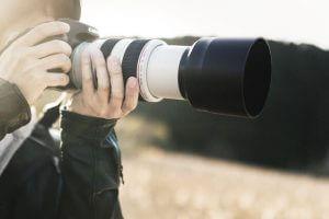 なぜ、望遠レンズは中古でも高く買い取られるのか?