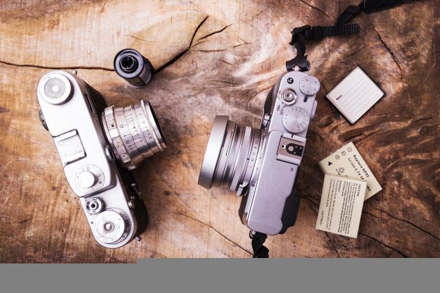 一眼レフカメラの買取りサービスは付属品がなくてもOKです!