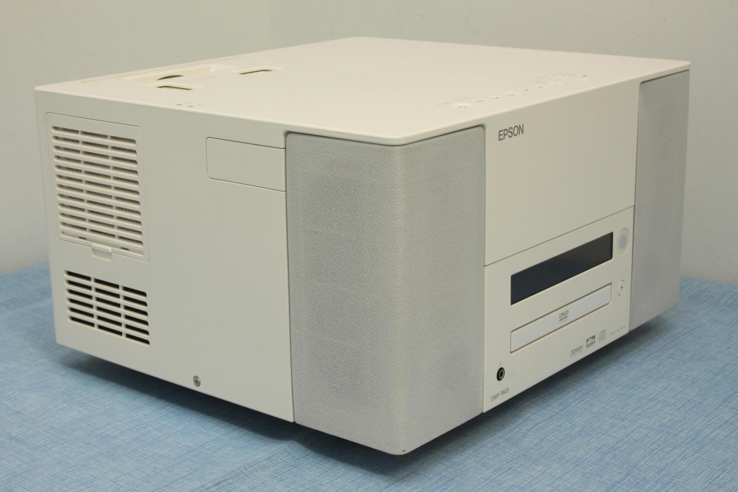 EPSON EMP-TWD1を買い取りさせていただきました