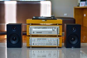 オーディオの買取相場|人気メーカーを高く売るコツ・注意点も説明